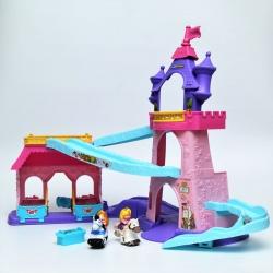 Музыкальный замок принцесс Disney с лошадками. Little People Fisher Price.