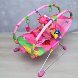 Детский виброшезлонг «Крошечная принцесса» Tiny Love